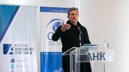 Roberto Álvarez , abogado dominicano, integraba la CIDH en los tiempos de la misión a Argentina