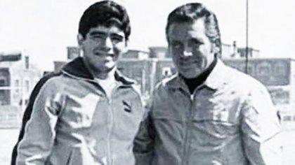 Cornejo, junto a Diego ya consagrado