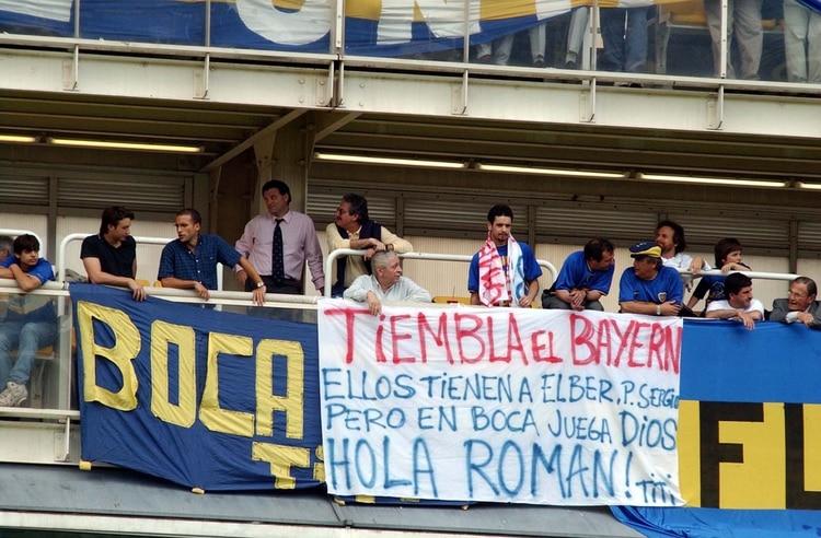 """Los hinchas y su fe ciega para afrontar la Intercontinental del 2001 en Japón frente al Bayern Munich: """"Hola Román)"""
