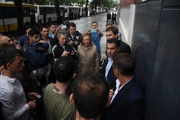 Alberto Fernandez habló con Gallardo para idear el protocolo del regreso del fútbol