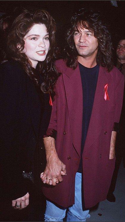 Eddie Van Halen y su esposa Valerie Bertinelli en Los Ángeles, EEUU, en 1994 (Kip Rano/Shutterstock)