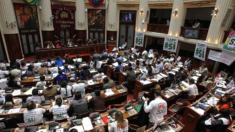 La furia de Morales se ha concentrado sobre un grupo de 15 miembros del parlamento boliviano