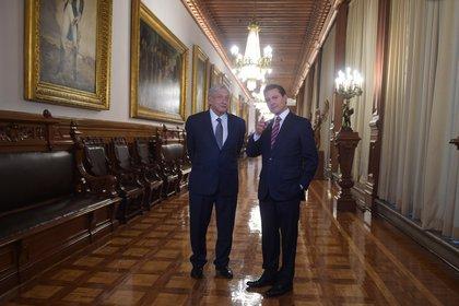 Loret de Mola mencionó que la investigación de la UIF tiene implicaciones en la administración de Peña Nieto y en la del actual presidente, Andrés Manuel López Obrador (Foto: Flickr)