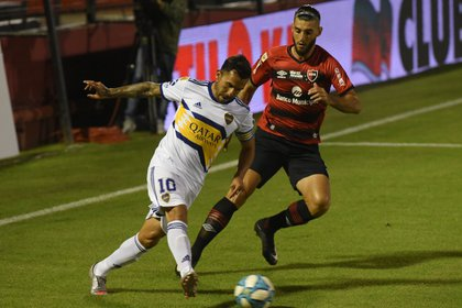 Carlos Tevez puso en ventaja a Boca (Foto: TELAM)