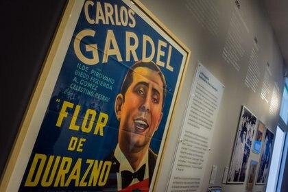 """Afiche original de la película muda """"Flor de durazno"""", de 1917. (Martín Rosenzveig)"""