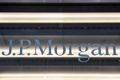 Se ve un logotipo de J.P.Morgan en la ciudad de Nueva York, Estados Unidos, 10 de enero de 2017. REUTERS / Stephanie Keith / Foto de archivo