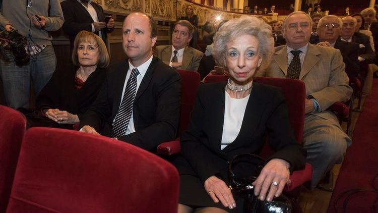 Angela Ledesma, Mariano Borinsky, Liliana Catucci (Foto: Adrián Escandar)