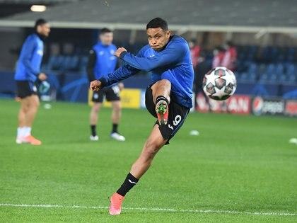 El atacante marcó su último gol el pasado viernes 12 de marzo en la victoria de Atalanta 3-1 ante Spezia. REUTERS/Alberto Lingria