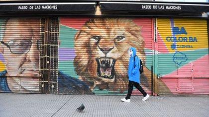 El Área Metropolitana de Buenos Aires (AMBA) pasó de una extensa etapa de ASPO (aislamiento) a DISPO (distanciamiento) social, preventivo y obligatorio (Maximiliano Luna)