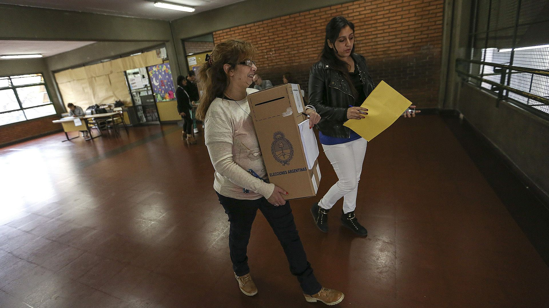 Argentina inicia el primer proceso electoral en pandemia