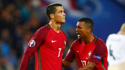 CR7 y Nani se consagraron campeones de Europa con Portugal en la última Euro 2016 que se disputó en territorio francés