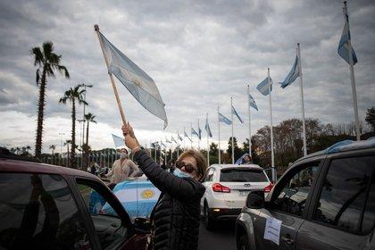 Una de las marchas anticuarentena que se hicieron en Argentina el año pasado (Foto: Franco Fafasuli)