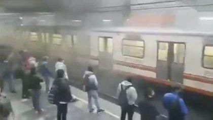 Metro de la CDMX: usuarios reportaron presencia de humo en los andenes de la estación Pantitlán