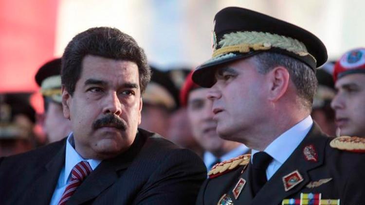 Maduro junto a Vladimir Padrino (Prensa Miraflores)