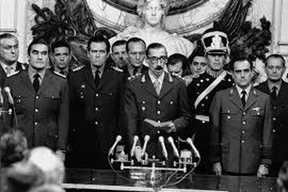 La junta militar que asumió el 24 de marzo de 1976 implementó el estado de sitio.
