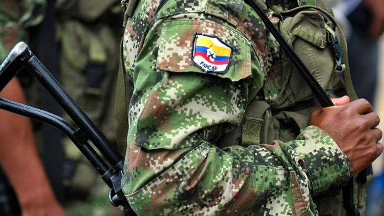 Las FARC incluyeron a 25 capos narco en la lista de