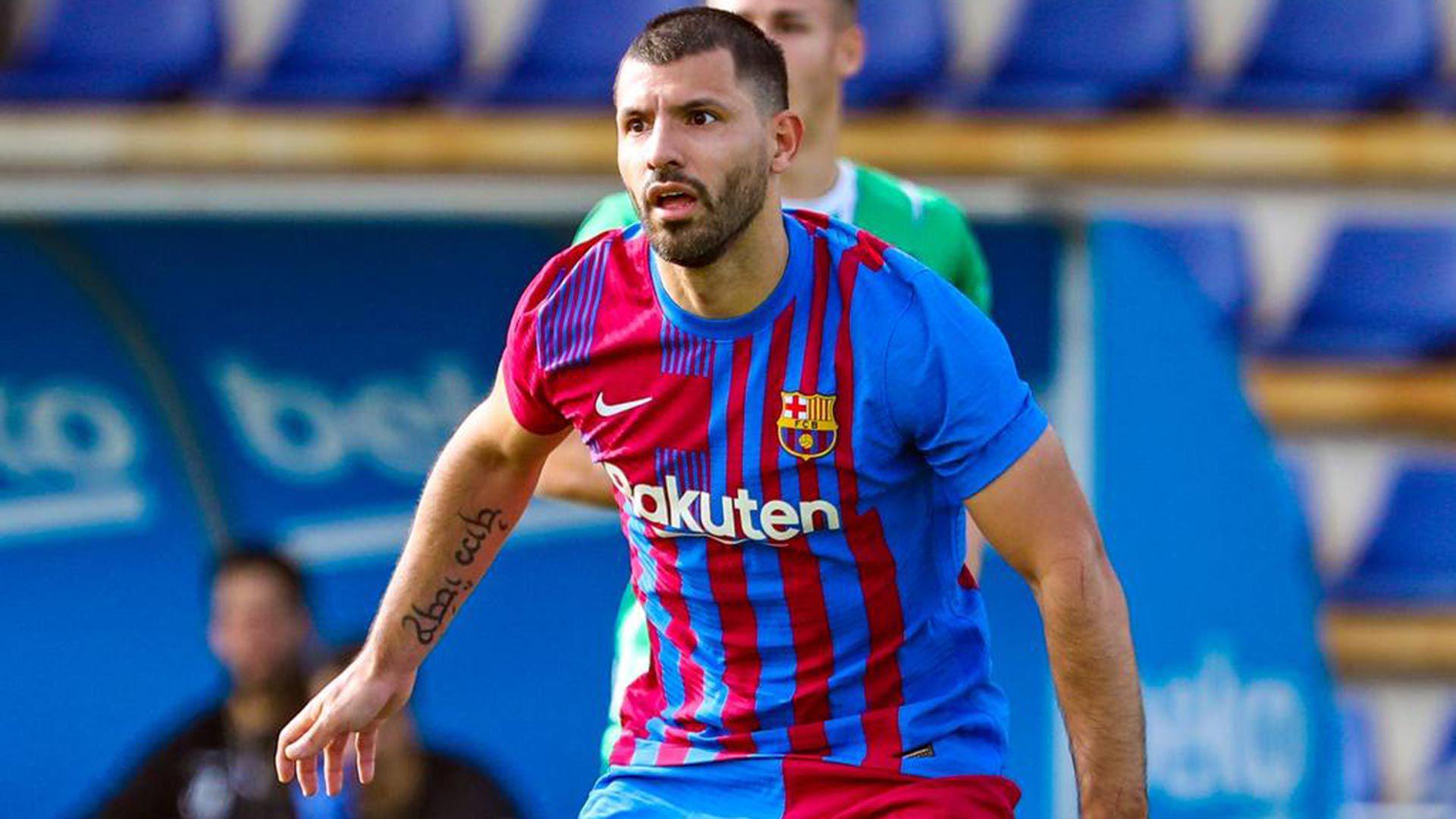 Primeras imágenes del Kun Agüero con la camiseta del Barcelona