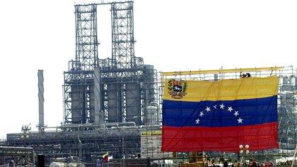 Venezuela atraviesa una profunda crisis energética y petrolera