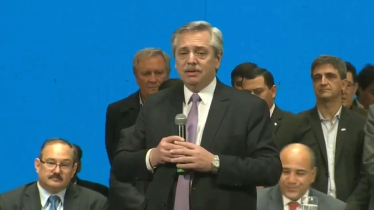 Alberto Fernández relanzó su campaña en Tucumán con gobernadores, la CGT y una reunión con industriales 1
