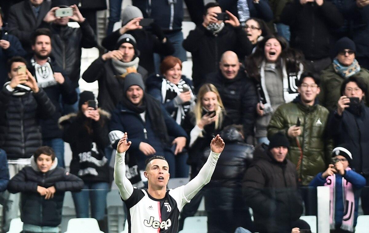 Con tres goles de Cristiano Ronaldo, la Juventus aplastó al Cagliari y es líder de la Serie A - Infobae