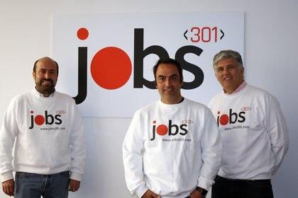 """01/01/2000 El equipo de jobs301..  El mercado actual de trabajo para los perfiles IT y digitales está transformándose a pasos agigantados y un grupo de emprendedores españoles han visto en esta situación una oportunidad para crear una plataforma de empleo que pretende """"cambiar radicalmente los procesos de selección y ajustarse a las necesidades actuales de los profesionales"""".  POLITICA INVESTIGACIÓN Y TECNOLOGÍA JOBS301"""