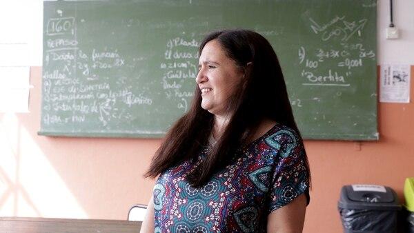 Silvana Carnicero, profesora de inglés (Lihue Althabe)