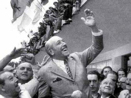 En el relato kirchnerista, Cámpora es el símbolo de la lealtad y el artífice del regreso de Perón