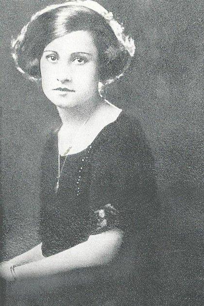 Aurelia murió a los 30 años: un cáncer de útero segó su vida.Hay pocos detalles de la vida en común del flamante matrimonio salvo que pensaban adoptar una hija