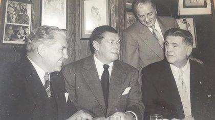 Dempsey, Tunney y Firpo en uno de sus encuentros años más tarde
