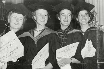 Antes de la década de 1950 en el Reino Unido sólo el 20% de la población iba a la escuela secundaria y apenas el 2% a la universidad. (George Elam/Sendtoppo/Shutterstock)