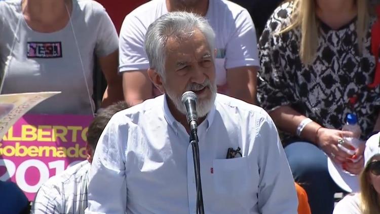 Rodríguez Saá se equivocó y tuvo que cambiar la fecha de la elección