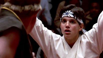 """Cobra Kai presenta su primer tráiler con los protagonistas originales de las películas """"Karate Kid"""""""