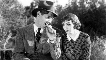 Clark Gable y Claudette Colbert en 'Lo que sucedió aquella noche'