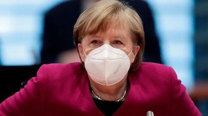 Angela Merkel recibió su primera dosis de la vacuna de AstraZeneca contra el coronavirus