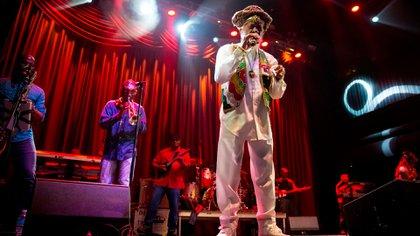 Bunny Wailer en un concierto en 2016 (Shutterstock)