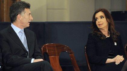 """""""¿Qué pasa si ganamos o si gana Cristina Kirchner? Mi trabajo va a ser el mismo en cualquiera de los dos resultados porque hago esto de corazón, convencido de que es lo mejor para los argentinos"""" (NA)"""