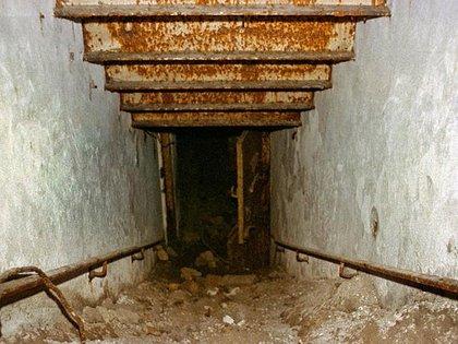 La escalera que llevaba al búnker desde la Cancillería  Robert Conrad/Lumabytes  163