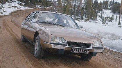 La familia DS como la CX se benefició con la suspensión hidroneumática (Citroën)