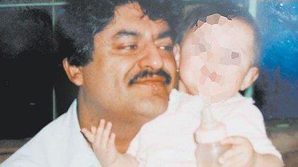 """El policía que se convirtió en jefe del narco: la desconocida historia de Juan José el """"Azul"""" Esparragoza"""
