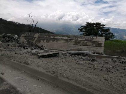 Accidente en la vía Medellín-Antioquia. / Tomada de redes sociales