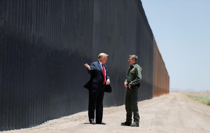 Así como la construcción de un muro en la frontera con México fue la propuesta más agresiva de Trump, la iniciativa se llevó a cabo solo parcialmente. Según el FT: Biden será más exigente en materia de medio ambiente, condiciones de trabajo y derechos humanos