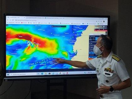 Ecuador vigila la actividad de la flota pesquera extranjera cerca a las Galápagos (EFE)
