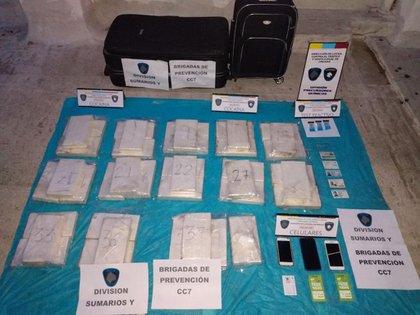 La Policía realizó dos allanamientos en el marco de la detención de la hermana de Nicolás De La Cruz con más de 40 kilos de cocaína