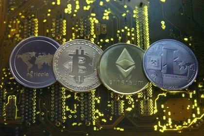 Las criptomonedas cada vez pisan más fuerte como reserva de valor (Reuters)