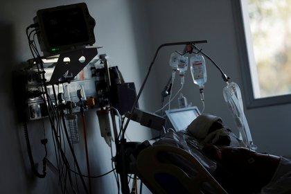 """""""Estos datos refuerzan el valor del Remdesivir en pacientes hospitalizados"""" (REUTERS)"""