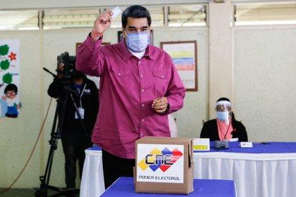 The dictator of Venezuela, Nicholas Maduro, after voting in the legislative elections in Venezuela (Europe Prize)