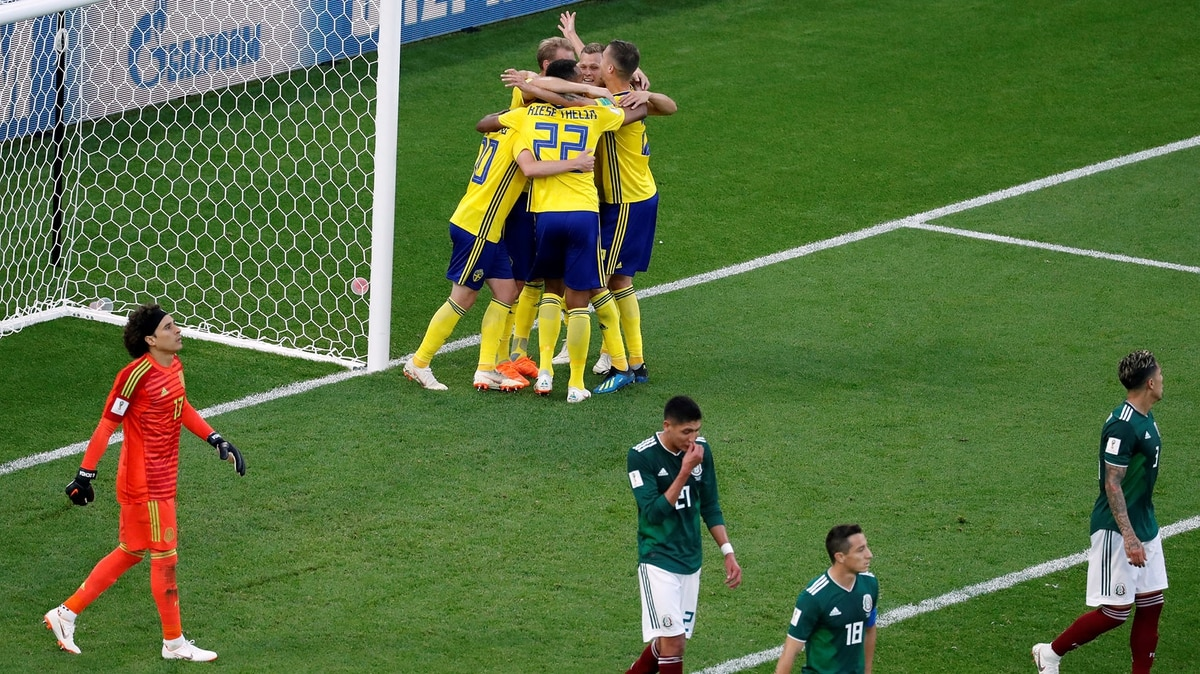 México cayó ante Suecia pero consiguió el boleto a octavos de final del  Mundial - Infobae 2fd5b8bc40580