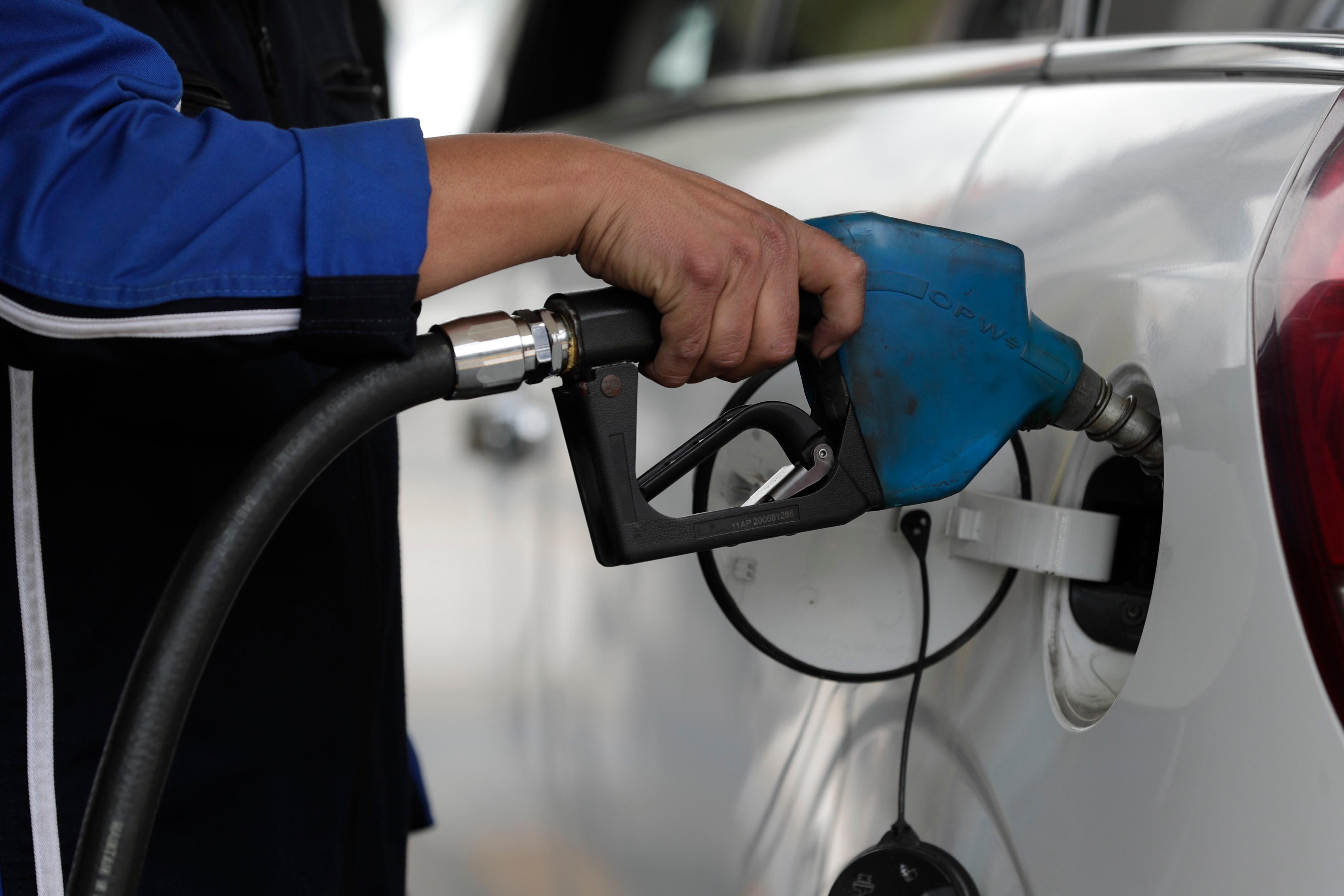 Profeco alertó sobre una información superficie en la que estaciones de combustible roban carburante