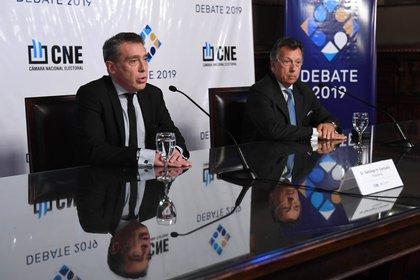 Los camaristas electorales Santiago Corcuera (izq) y Alberto Dalla Via, con posiciones diferentes sobre la temporalidad de la ley a aplicar  (Maximiliano Luna)