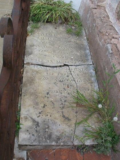 La tumba de Catalina Dogan, esclava liberta de la familia Sáenz Valiente